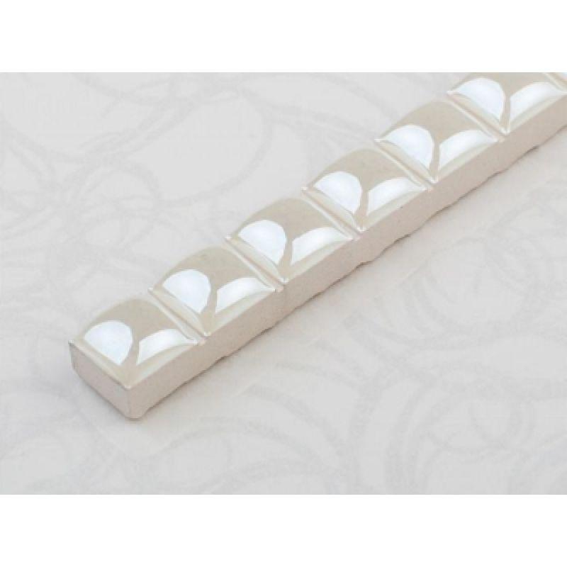 Бусинка белая люстр. - Украшение для керамической плитки, 0,7х20 см CEROSSA CERAMICA (275407)